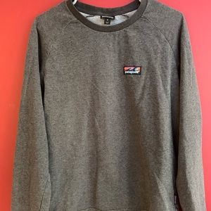 Patagonia grey textured long sleeve. 100% cotton.
